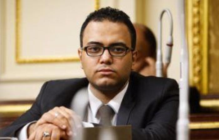 أحمد زيدان نائب التنسيقية يطالب بإنشاء حمام سباحة بمركز شباب الساحل
