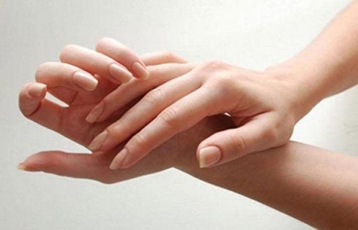 أسباب تمنعك من طقطقة أصابعك