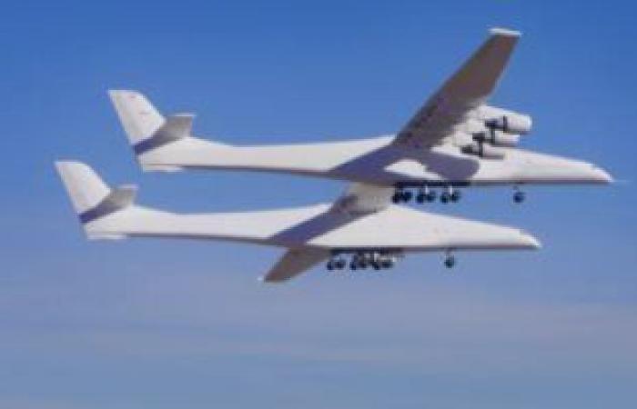 أكبر طائرة بالعالم تنجح فى رحلتها التجريبية الثانية.. اعرف التفاصيل