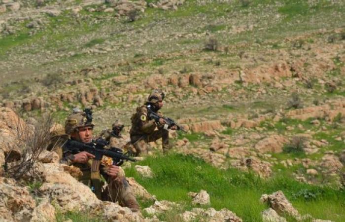 """القوات العراقية تدمر جحور """"داعش"""" شرقي البلاد"""
