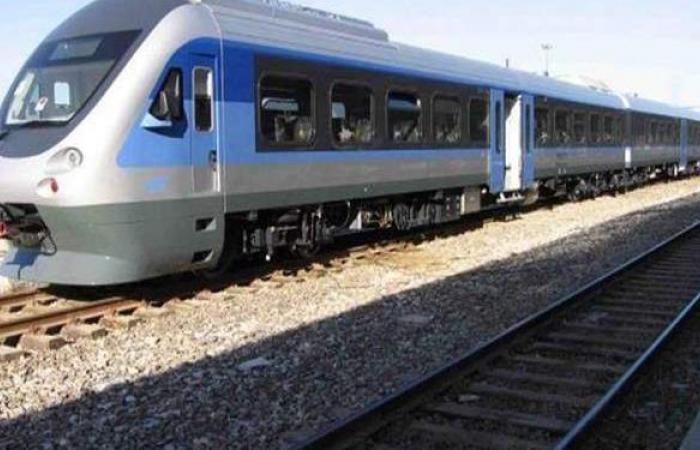 وزير النقل يتفقد مشروع قطار العين السخنة المكهرب
