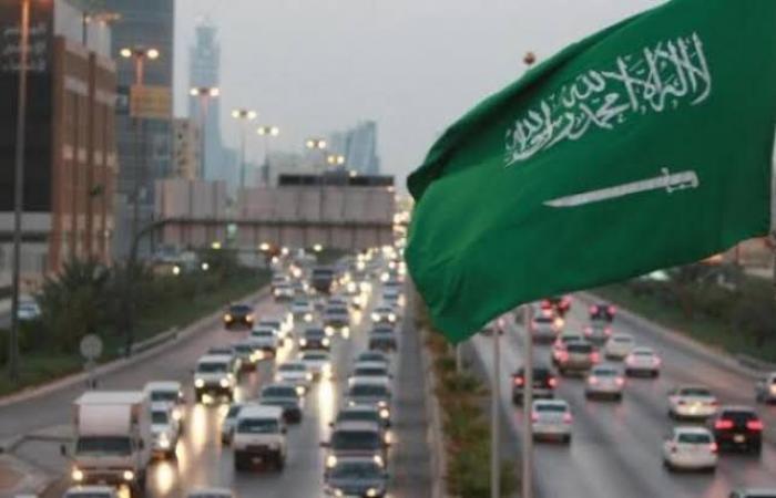 السعودية ترفع تعليق السفر وتفتح حدودها.. وتحدد الشروط