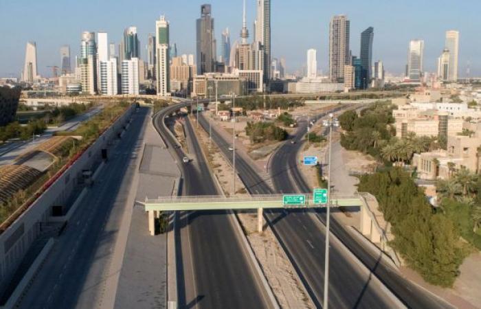 مصادر رسمية كويتية: الحكومة لم تتلق توصية برفع الحظر أو تمديده