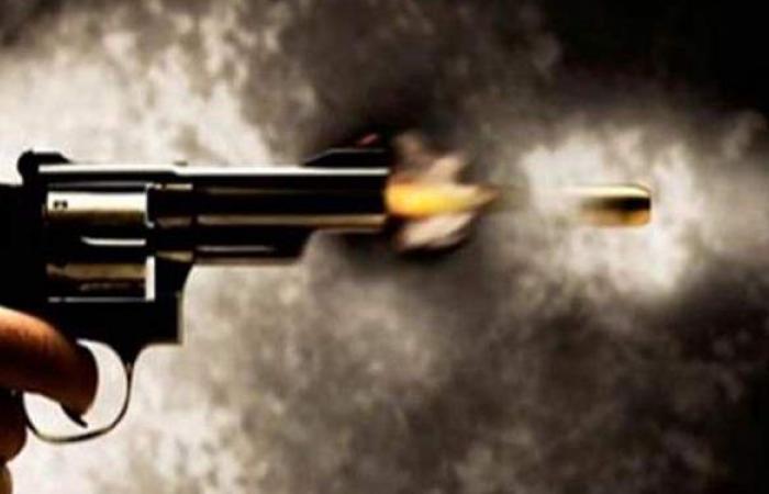 إصابة شاب بطلق ناري ونقله للمستشفى العام في المحلة