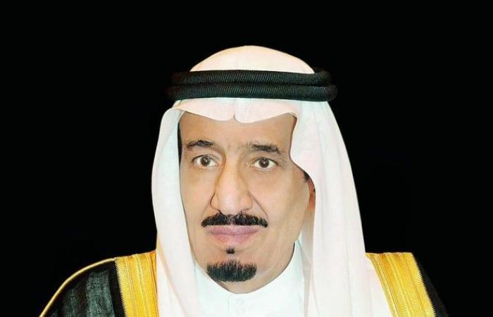 خادم الحرمين يوجه دعوة  لسلطان عمان لزيارة المملكة