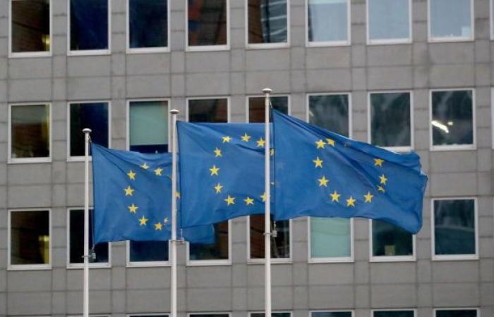 الاتحاد الأوروبي يستدعي السفير الروسي في بروكسل على خلفية العقوبات الروسية