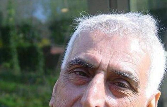 وفاة الشاعر سعدي يوسف.. شائعة