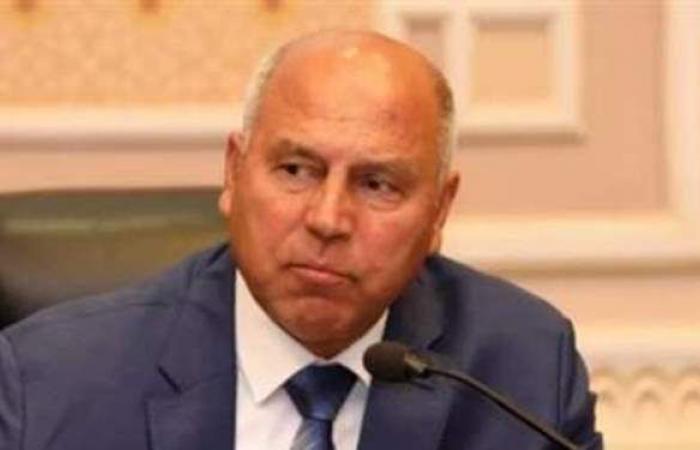 وزير النقل يتفقد عددا من مشروعات الطرق والكبارى