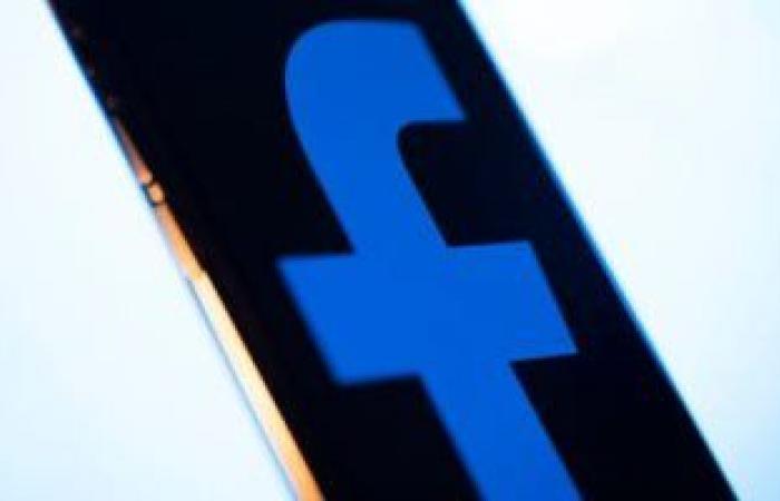 فيس بوك: الرسائل على إنستجرام وماسنجر لن تكون مشفرة بالكامل حتى 2022