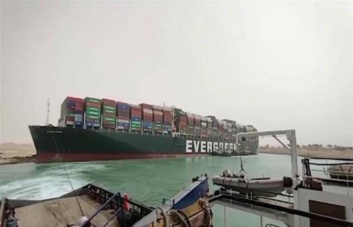 أمر قضائي بالحجز التحفظي على السفينة «إيفرجيفن» لصالح هيئة قناة السويس