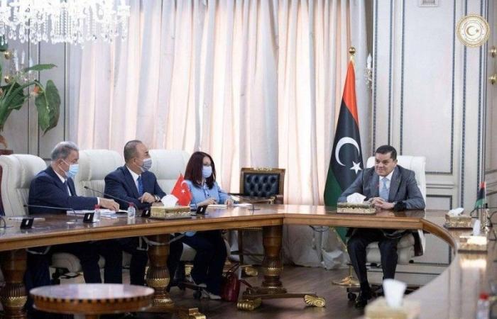 ليبيا تطالب تركيا بسحب مرتزقتها