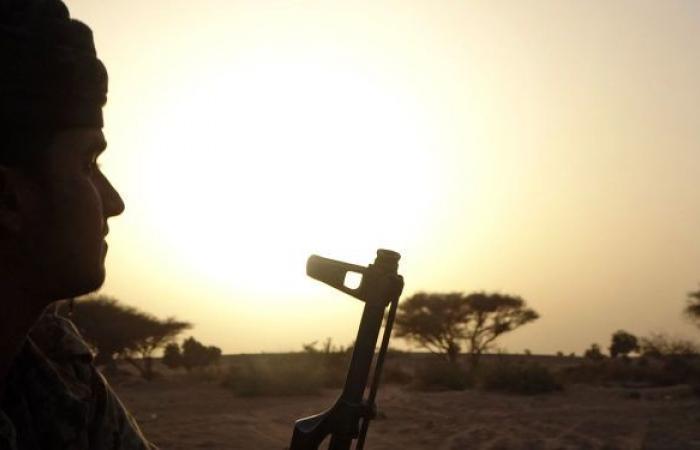 اليمن.. انفجاران يهزان مدينة مأرب بعد ساعات من وصول رئيس الحكومة