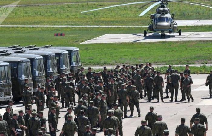 """مجلة تحث الولايات المتحدة على """"الابتعاد"""" عن القوات الروسية"""