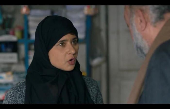 ضد الكسر الحلقة 22.. نيللى كريم تتاجر فى العملة مع مصطفى درويش