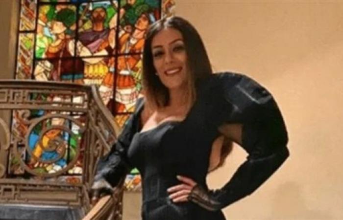 """إنجي المقدم تشارك جمهورها صورة جديدة لها من كواليس""""هجمة مرتدة"""""""
