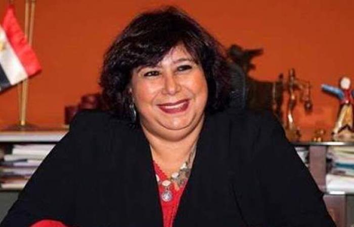 وزيرة الثقافة توجه بتخصيص جناحا لأدباء نوبل بمتحف نجيب محفوظ