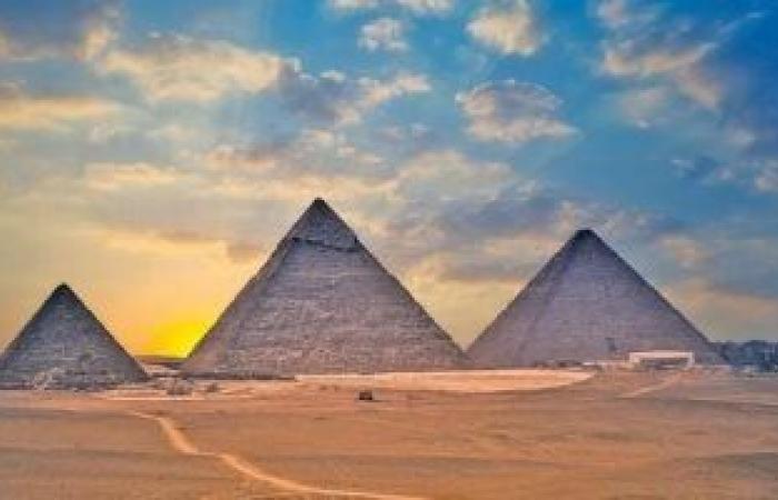 السياحة والآثار تكثف الحملات الترويجية للسوق العربي للسياحة فى مصر