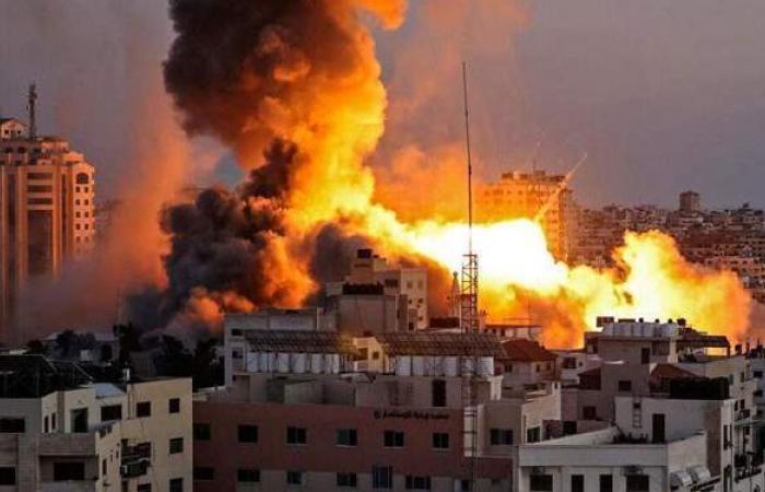 """برئاسة نفتالي بينيت.. """"الكابينيت"""" يجتمع اليوم للمصادقة على استئناف الحرب في غزة"""