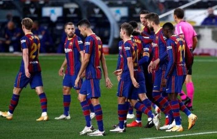 نجم برشلونة مطلوب في فالنسيا