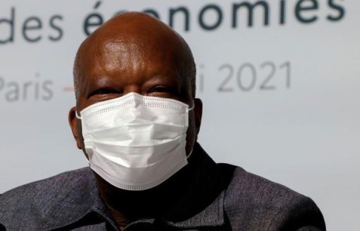 بوركينا فاسو: الرئيس يتولى مهام الدفاع بعد إقالة وزيري الأمن والدفاع