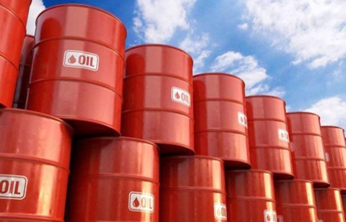 انخفاض أسعار النفط.. وبرنت يسجِّل 74.67 دولار للبرميل