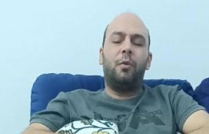 بالفيديو.. طبيب مصري فقد بصره خلال علاج مصابي كورونا يروي معاناته