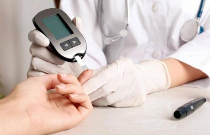 استشاري يكشف عن رقم صادم لعدد الأطفال المصابين بـ«السكري» في المملكة ونسبة السمنة