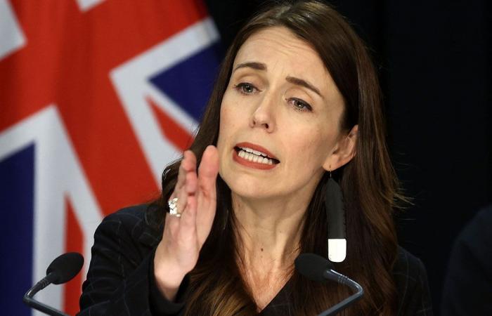 رئيسة وزراء نيوزيلندا تتعهد بتمرير قوانين مكافحة الإرهاب بعد حادث طعن