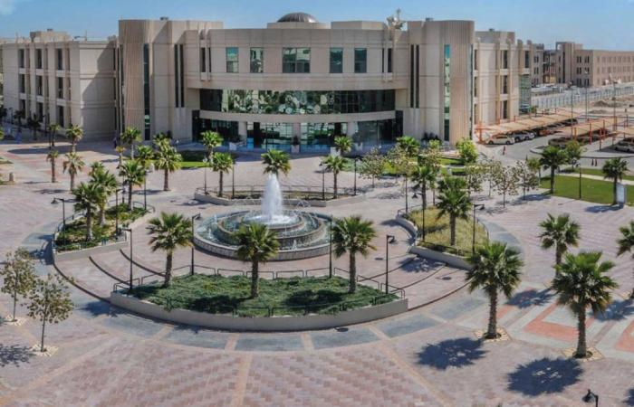 طالبة ستينية تحقق أعلى معدل تراكمي في دفعتها بجامعة الإمام عبدالرحمن