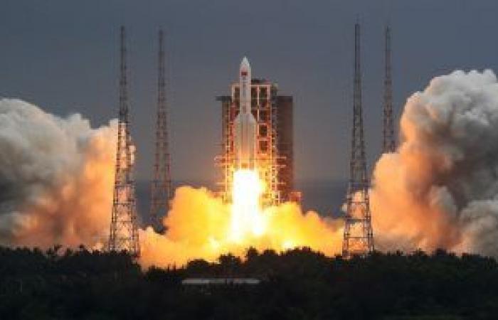 """روسيا تجهز دفعة جديدة من أقمار """"جونيتس"""" لمراقبة الأرض"""