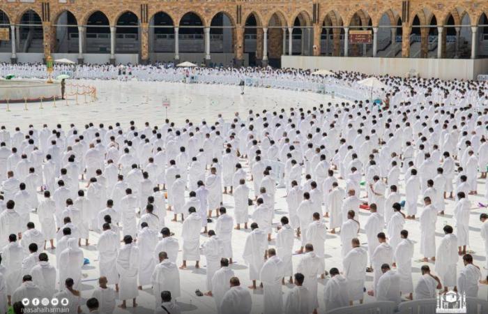 خطيب المسجد الحرام: الطلاق البدعي مدمر الأسر ومرتكبه آثم