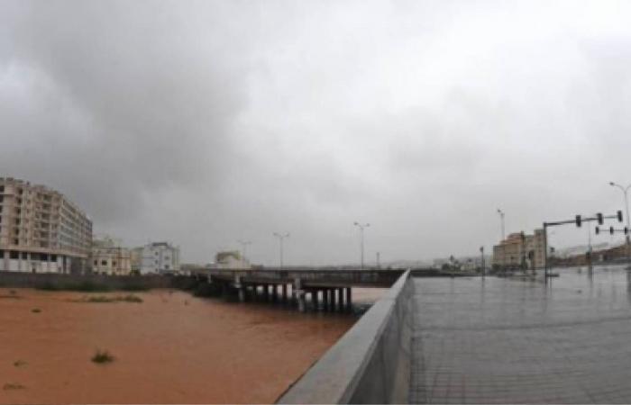 إعصار شاهين.. سيول ورياح مرتقبة في الإمارات
