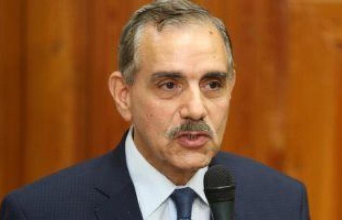 محافظ كفر الشيخ: لن يسمح بالتعليم الموازى بالسناتر وفوجئت بمئات الطلاب دون احترازيات