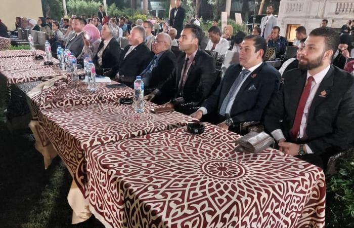 وفد من تنسيقية شباب الأحزاب يشارك في حفل ختام محاكاة النظام السياسى بحزب المحافظين