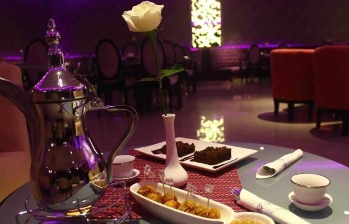 أول مطعم سعودي بطاقم متكامل.. ماذا نعرف عنه؟