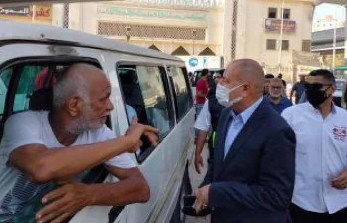 حملات بمواقف سيرفيس القاهرة لمتابعة ثبوت تعريفة الركوب.. صور