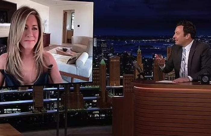 جينيفر انيستون في إطلاله أنيقة بعد عرض مسلسلها The Morning Show..صور