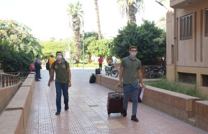 مدن جامعة القاهرة تواصل تسكين الطلاب المغتربين وسط إجراءات احترازية