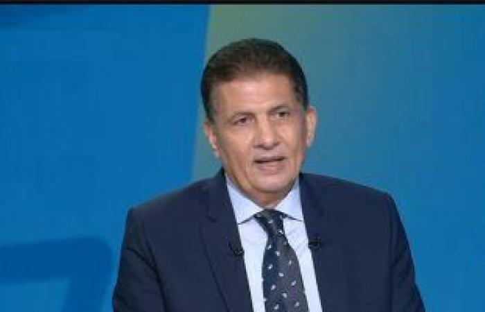 مصطفى عبده: مصر طالعة زي الصاروخ لكن كرة القدم راجعة بضهرها