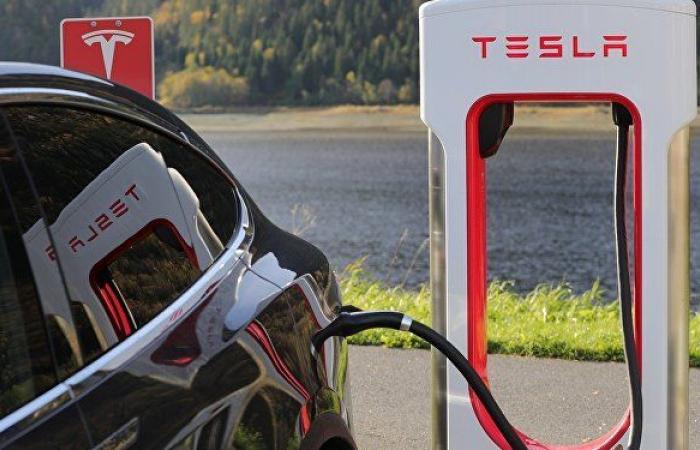 المغرب يحصل على أول محطات شحن للسيارات الكهربائية من تسلا موتورز لأول مرة في إفريقيا