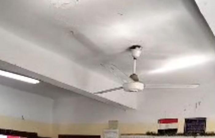محافظ القاهرة يتفقد المدارس ويوجه بالالتزام بالإجراءات الاحترازية.. فيديو