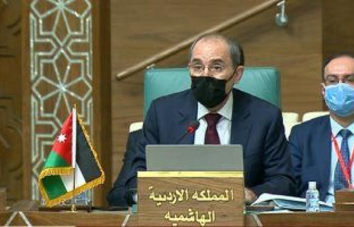 وزير خارجية الأردن يؤكد ضرورة تكثيف الجهود لإنهاء الأزمة اليمنية