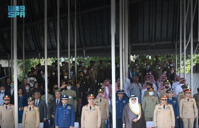 رئيس هيئة الأركان يشهد تخرج طلبة الأكاديمية العسكرية الباكستانية
