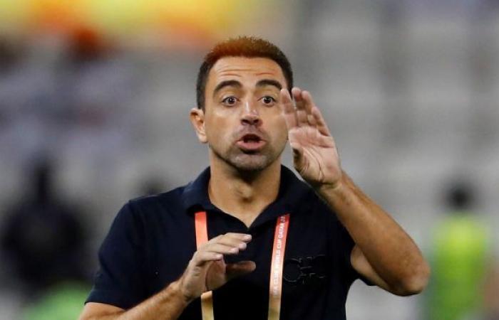 تشافي يرحب بفكرة تدريب برشلونة