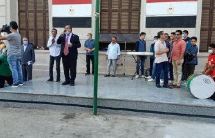 طلاب مدرسة السعيدية بطابور الصباح: نصر أكتوبر رسم فى عقيدتنا الحفاظ على مصر