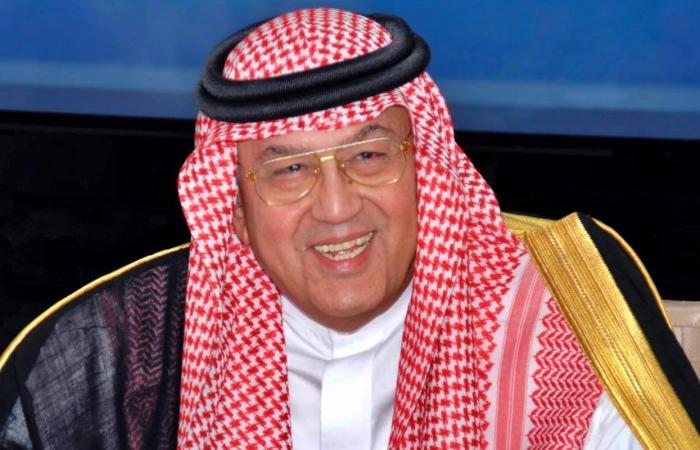 مدير مكتب ولي العهد يعيد نشر وصية للراحل غازي القصيبي