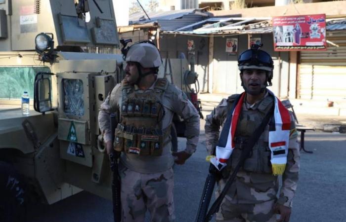 مصرع شرطي وإصابة آخر في إطلاق نار بالخطأ على مركز انتخابي بالعراق