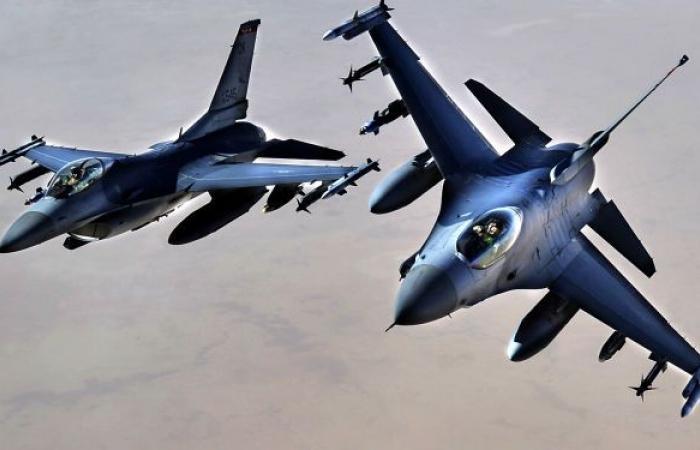 طائرات القوات العراقية تحلق في أجواء البلاد لحماية مراكز الانتخابات... فيديو وصور