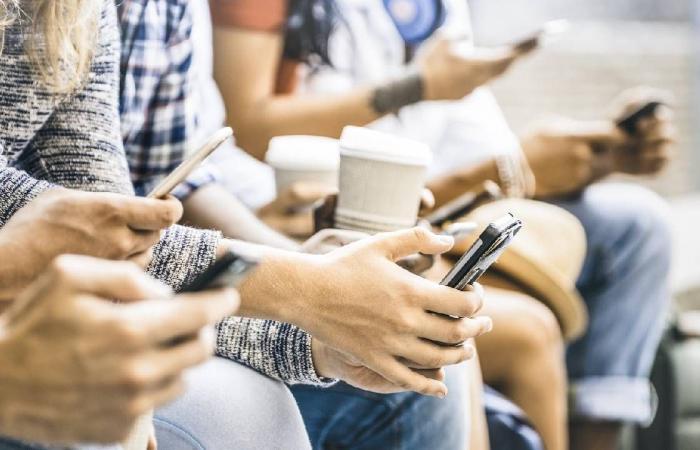 ميزة جديدة تشجع المراهقين على الاستراحة من مواقع التواصل