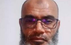 """داعية تونسي يعلن الأربعاء أول أيام العيد.. ويفطر """"لايف"""""""